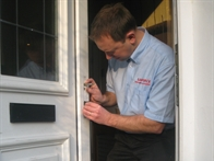 Local Locksmiths Leeds Carl
